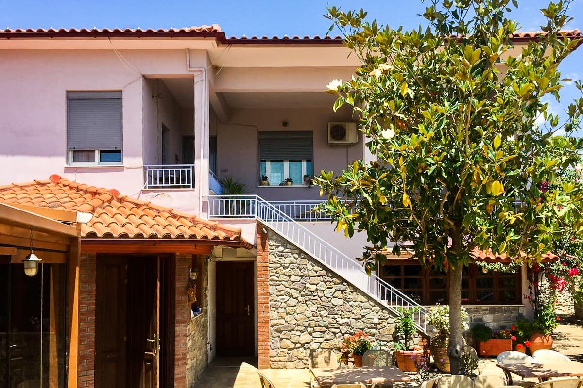 Matoula's Guesthouse in Xirokambi